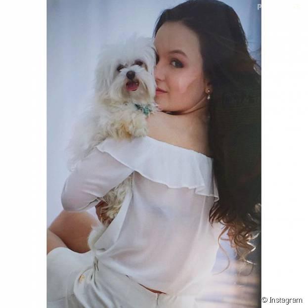 Larissa Manoela lamenta morte de seu cachorro Juquinha no Instagram