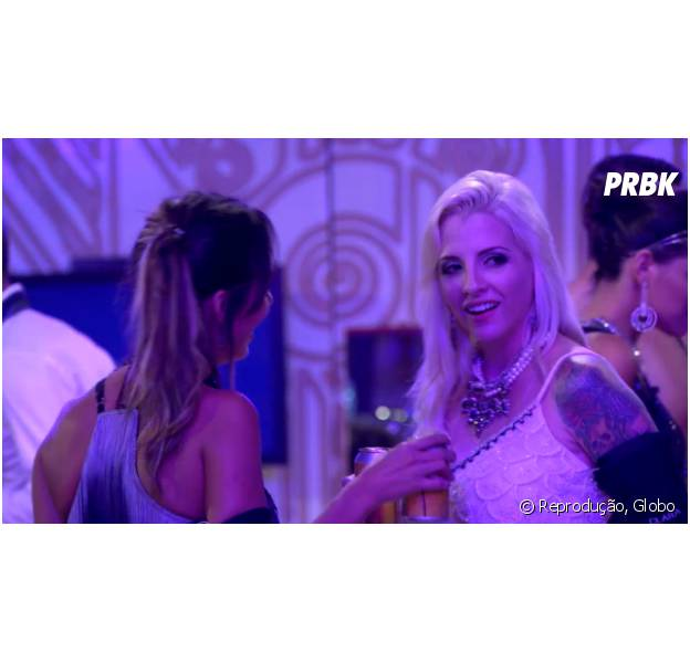 """No """"BBB14"""", Clara revela a Letícia que gosta de meninas"""