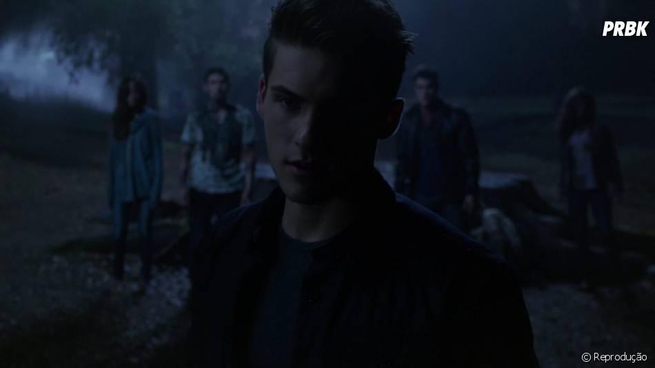 """Em """"Teen Wolf"""", será que Scott (Tyler Posey) vai descobrir que Theo (Cody Christian) é mau caráter?"""