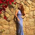 Crochê está sempre em alta no verão e esse lilás da Marina Ruy Barbosa alonga bastante a silhueta