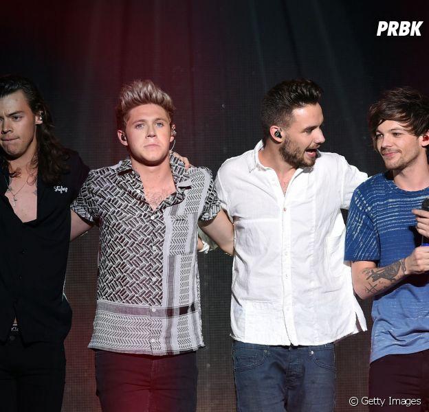 Os integrantes do One Direction fizeram uma apresentação emocionante no KISS FM's Jingle Ball 2015