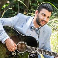 """Gusttavo Lima em """"Êta Mundo Bom"""": cantor grava música e clipe para trilha sonora da novela!"""
