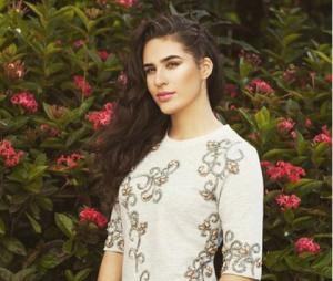 """Lívian Aragão, a Julia de """"Malhação"""", está vestindo manequim 34"""