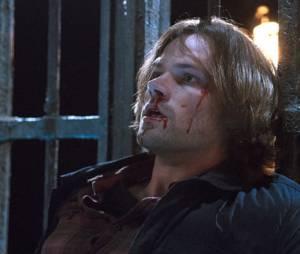 """Em """"Supernatural"""", Dean (Jensen Ackles) tenta salvar Sam (Jared Padalecki) de Lúcifer!"""