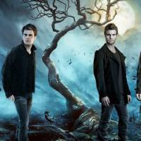 "Em ""The Vampire Diaries"" e ""The Originals"": Stefan e Klaus se encontram em crossover das séries!"