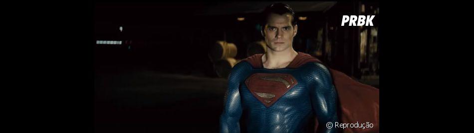 """""""Batman Vs Superman: A Origem da Justiça"""" conta com Henry Cavill no papel do Super-Homem"""