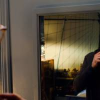 """Em """"Shadowhunters"""", na 1ª temporada, Simon vira vampiro e Clary luta para encontrar Cálice Mortal!"""