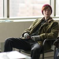 """Elle Fanning abre o jogo sobre interpretar transexual no drama """"Meu Nome é Ray"""": """"Eu quis fazer"""""""