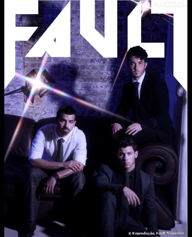 Jonas Brothers na capa da revista Fault