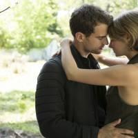 """Filme """"Convergente"""" lidera ranking nacional, mas não ultrapassa estreia de """"Insurgente"""""""