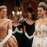 """Com Anne Hathaway, filme """"O Diário da Princesa 3"""" é confirmado pelo diretor Garry Marshall"""