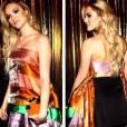 Com um vestido colorido, Isabelle Drummond arrasou no Baile da Vogue 2014
