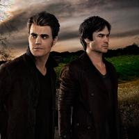 """De """"The Vampire Diaries"""": na 7ª temporada, Bonnie (Kat Graham) e Caroline são destaques na final!"""