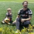 """""""Anjinhos Downs"""" tem como objetivo ajudar o pequeno Michel que precisa fazer uma operação urgente e conta com a ajuda de Alexandre Pato"""