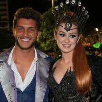 Marina Ruy Barbosa e Klebber Toledo brilham no desfile de Carnaval da Grande Rio