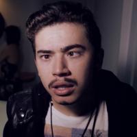 "Whindersson Nunes imita Luan Santana e paródia de ""Escreve Aí"" bomba no Youtube!"