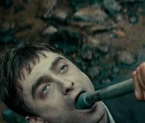 """Daniel Radcliffe estrela a comédia dramática """"Swiss Army Man"""""""