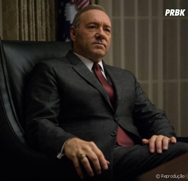 """""""House of Cards"""": Série da Netflix mostra o que rola por trás da política dos Estados Unidos, que pode ser mais parecida com a brasileira do que você pensa"""