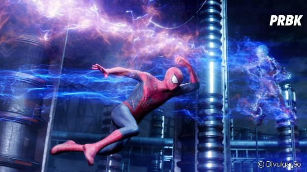 """Andrew Garfield é o protagonista da sequência """"O Espetacular Homem-Aranha 2: A Ameaça de Electro"""""""