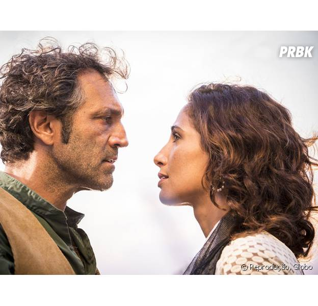 """Em """"Velho Chico"""", Tereza (Camila Pitanga) e Santo (Domingos Montagner) discutem e filha de Afrânio (Antonio Fagundes) é expulsa da cooperativa!"""