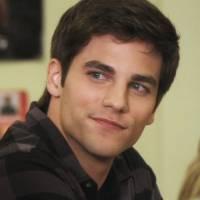 """Em """"Pretty Little Liars"""": na 7ª temporada, Noel Kahn (Brant Daugherty) retorna à série!"""