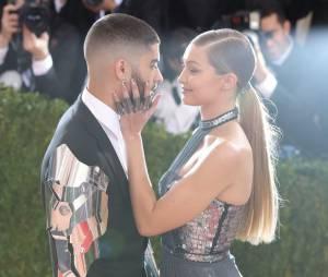 Pai de Gigi Hadid afirma que a filha nunca terminou com Zayn Malik