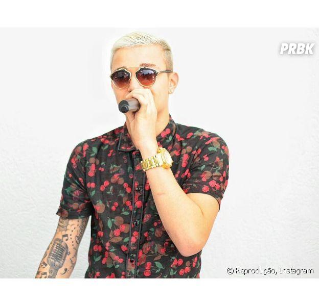 MC Gui compartilha vídeo emocionante com imagens da sua turnê no Facebook