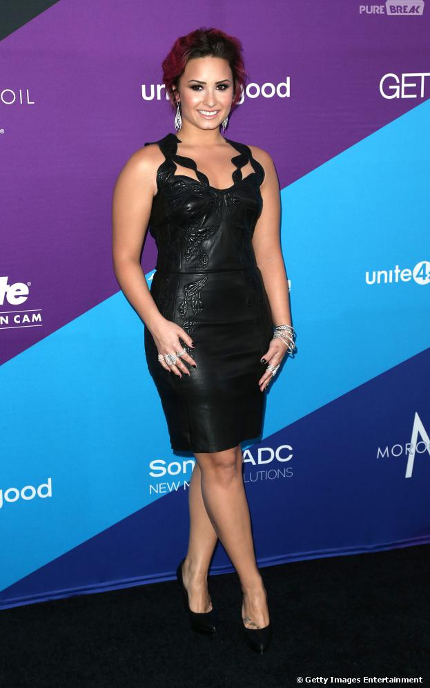 "Demi Lovato anuncia mudanças da ""The Neon Lights Tour"" no Brasil"