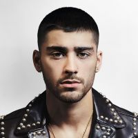 "Zayn Malik, ex-One Direction, posa para revista e revela: ""Taylor Swift gostou do meu CD"""