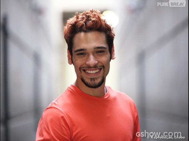 """Bruno Fagundes pintou os cabelos de vermelho para """"Meu Pedacinho de Chão"""""""