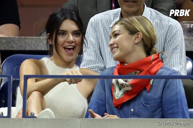 Kendall Jenner e Gigi Hadid se divertem em jogo de tênis