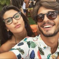 """Brenno Leone, de """"Malhação"""", confirma fim do namoro com Giulia Costa e apaga fotos"""