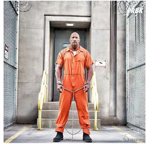"""Dwayne Johnson dá pistas sobre o futuro de Hobbs, seu personagem em """"Velozes & Furiosos 8"""""""