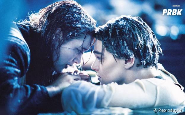 """Rose (Kate Winslet) e Jack (Leonardo DiCaprio) em cena de """"Titanic"""""""