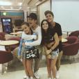 Impossível uma foto mais shippável, né breakers? João Guilherme Ávila, Larissa Manoela, Luis Mariz e Viih Tube!