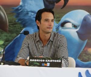 """Rodrigo Santoro volta a dublar o personagem Túlio na animação """"Rio 2"""""""