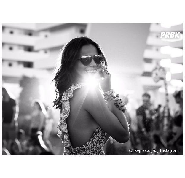 Bruna Marquezine posa super sexy para o Instagram e fãs elogiam a musa na rede social