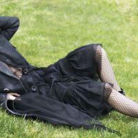 "Kristen Stewart se declara para namorada ao posar para Elle UK: ""Acho que estou apaixonada por ela"""