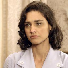 """Final """"Êta Mundo Bom!"""": Sandra (Flavia Alessandra) sequestra Filomena (Débora Nascimento)!"""
