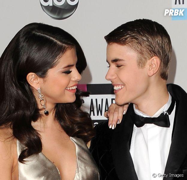 Justin Bieber e Selena Gomez, quando eram namorados, se declararam ao coordenar seus looks!