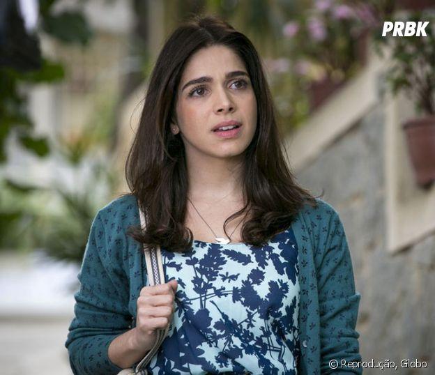 """Em """"Haja Coração"""", Shirlei (Sabrina Petraglia) decide ir embora após presenciar briga entre Felipe (Marcos Pitombo) e Jéssica (Karen Junqueira)"""