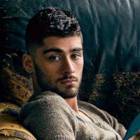"""Zayn Malik, ex-One Direction, posa sexy para revista e revela: """"Estilo é não ter medo de ser ousado"""""""