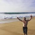 Arthur Zanetti, destaque da Ginástica Artística nasOlimpíadas Rio 2016, posa na praia