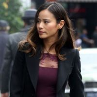"Em ""Gotham"": na 3ª temporada, Valerie Vale (Jamie Chung) irá incomodar a todos, segundo atriz!"