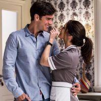 """Novela """"Haja Coração"""": Felipe (Marcos Pitombo) e Shirlei se beijam pela primeira vez!"""