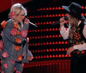 """No """"The Voice US"""", Miley Cyrus e Alicia Keys cantam com participante durante as audições!"""