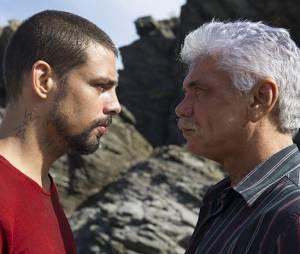 """André (Cauã Reymond) vai descobrir segredo sobre o próprio pai em """"O Caçador"""", da Globo"""
