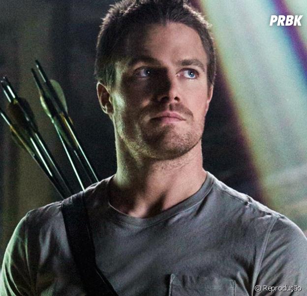 """Em """"Arrow"""": na 5ª temporada, Oliver (Stephen Amell) pode estar envolvido no """"Flashpoint"""""""