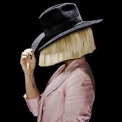 """Iphone 7 é lançado com mega apresentação do single """"The Greatest"""", da Sia. Confira!"""