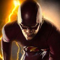 """Em """"The Flash"""": na 3ª temporada, Barry aparece em cenário bizarro em nova foto publicada pelo ator"""